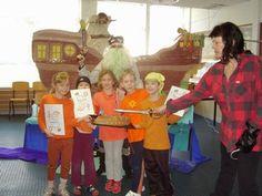 piráti Ronald Mcdonald, Fictional Characters, Fantasy Characters