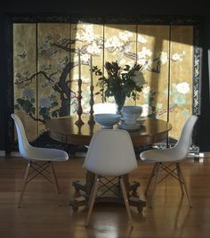 Mid-century dining room+eames+chinoiserie