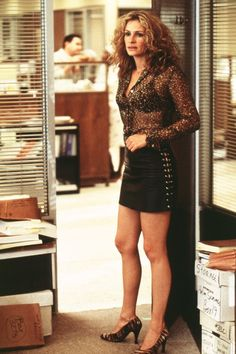 Erin Brockovich - Julia Roberts in 'Erin Brockovich.'