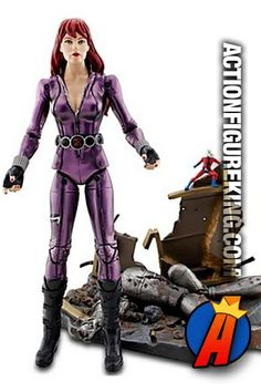 Another shot of the Marvel Select exclusive Black Widow action figure from Diamond Select action figures. #blackwidow #avengers #actionfigures