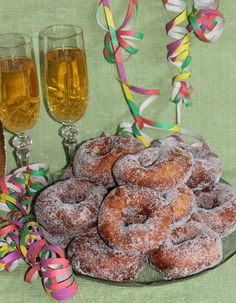 Munkit No Bake Cake, Cereal, Sweets, Cookies, Baking, Breakfast, Desserts, Food, Villa