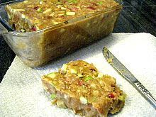 Make Your Own Wild Bird Suet (lard can be found beside the cans of Crisco in your local grocery/walmart store)