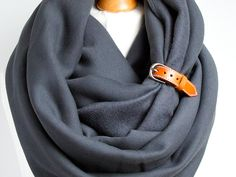 Chunky hooded scarf with leather strap by Zojanka. * Extra chunky winter infinity scarf made of natural cotton fabric * Fabric used to make this scraf is a chunky soft jersey (sweatshirt cotton jersey) 95% cotton, 5%spandex, it is soft and cosy and it stretches * Scarf is embellished with