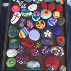 Best Easy Painted Rocks Ideas For Beginners (Rock Painting Inspirational & Stone Art) Rock Painting Ideas Easy, Rock Painting Designs, Painting For Kids, Summer Painting, Stone Crafts, Rock Crafts, Arts And Crafts, Diy Crafts, Pebble Painting