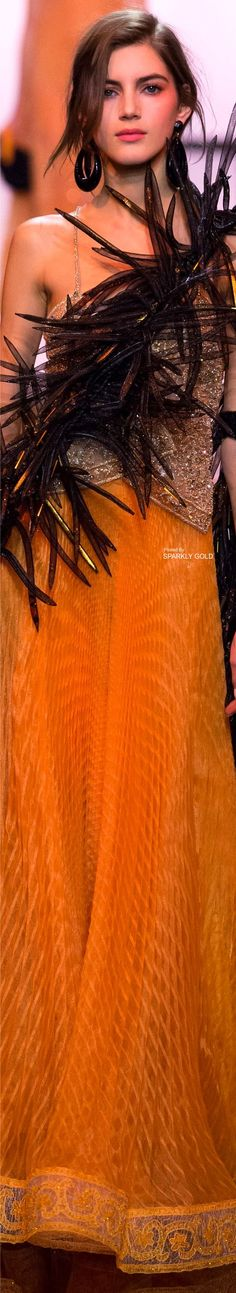 Giorgio Armani Prive` Spring 2017 Couture l Ria Armani Prive, Giorgio Armani, Emporio Armani, Runway Fashion, High Fashion, Fashion Beauty, Fashion 2016, Fashion Art, Fashion Outfits