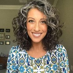 The Beauty of Natural Silver Curls and How to Care for Them Grey Curly Hair, Short Grey Hair, Curly Hair Cuts, Dark Hair, Curly Girl, Long Hair, Natural Curls, Natural Hair Styles, Short Hair Styles