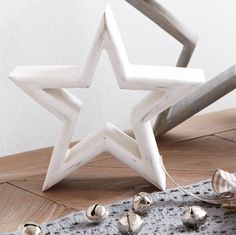 Cream Mantlepiece Star