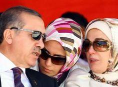 """ΤΟ ΚΟΥΤΣΑΒΑΚΙ: Ο Ερντογάν είναι η πηγή των προβλημάτων της Τουρκί... Aν και η πολιτική είναι έμφυτη για τον Recep Tayyip Erdogan, τελευταία δυσκολεύεται να προσαρμοστεί στην ψηφιακή εποχή, γράφει ο DavidGardner στους FINANCIAL TIMES (""""RecepTayyip Erdogan is now the Source of Turkey's Problems»)."""