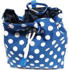 Feeding bag easy self sewing - Hunde - Dogs Dog Treat Bag, Treat Bags, Sewing Projects, Sewing Tutorials, Feed Bags, Dog Halloween Costumes, Dog Crafts, Simple Bags, Teenage Mutant