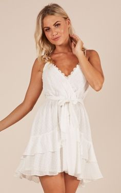 Showpo One Of A Kind dress in white - 16 (XXL) Casual Dresses Best Prom Dresses, Lovely Dresses, Size 14 Dresses, Homecoming Dresses, Short Dresses, Summer Dresses, Graduation Dresses, Quinceanera Dresses, Mini Dresses
