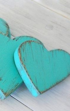 Teal House, Christmas Napkins, Heart Background, Heart Crafts, Turquoise Color, Diy Wood Projects, Filofax, Cupid, Seasonal Decor