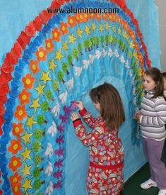 Preschool Activities and Materials Spring Activities, Color Activities, Preschool Activities, Diy And Crafts, Crafts For Kids, Arts And Crafts, First Grade Projects, Peace Crafts, Harmony Day