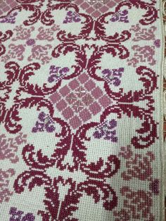 Embroidery Patterns Free, Cross Stitch Embroidery, Cross Stitch Patterns, Embroidery Designs, Needlepoint Stitches, Needlework, Greek Pattern, Chicken Scratch, Knitting Needles