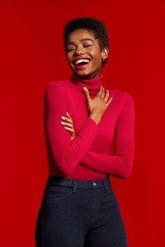 Uniqlo Holiday 2018 on Behance Black Girl Magic, Black Girls, Portrait Photography, Fashion Photography, Afro Punk Fashion, Ritter Sport, Fashion Poses, Portrait Inspiration, Studio Portraits