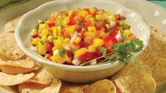 Mexican Salsa with Corn and Mango Clean Eating Recipes, Cooking Recipes, Healthy Recipes, Mexican Salsa, Mexican Party, Mexican Kitchens, Mango Recipes, Corn Salsa, Mango Salsa