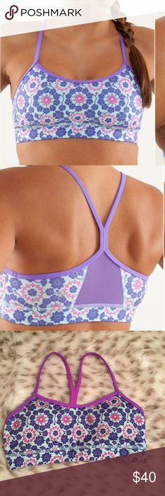 Lululemon Flow Y Bra Twiggy Printed power purple Lululemon Flow y bra IV twiggy printed power purple ! Material is luon, mesh, and cool Max! Size 6. Comes with removable padding! Excellent used condition! lululemon athletica Intimates & Sleepwear Bras