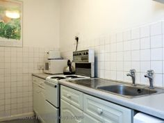 Beautiful kitchen Furnished Apartments, Apartment Cleaning, Bloomsbury, Beautiful Kitchens, No Frills, Kitchen Cabinets, London, Home Decor, Kitchen Cupboards
