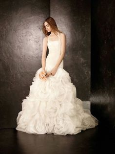 Nice Awesome White by Vera Wang Wedding Dress Fit and Flare Ivory 2017-2018 Check more at https://24store.cf/fashion/awesome-white-by-vera-wang-wedding-dress-fit-and-flare-ivory-2017-2018/