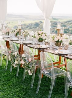 ~  we ❤ this! moncheribridals.com  #weddingtablescape