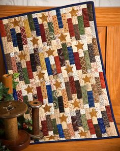 Centennial Stars, from Chickadee Hollow Designs - would make a nice Quilts of Valor pattern with patriotic fabric! Jellyroll Quilts, Scrappy Quilts, Mini Quilts, Star Quilt Patterns, Star Quilts, Quilt Blocks, Fabric Patterns, Civil War Quilts, Patriotic Quilts