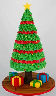 Amazing Christmas Tree Cake - For all your cake decorating supplies, please… Christmas Cake Topper, Christmas Tree Cake, Christmas Tree Crafts, Christmas Cupcakes, Christmas Sweets, Noel Christmas, Christmas Goodies, Christmas Baking, Xmas Tree