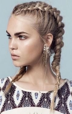 THE COACHELLA HAIR SURVIVAL GUIDE. We've talked to some of the industries experts about keeping your mane game strong this festival season. http://maneaddicts.com/2015/04/06/the-coachella-hair-survival-guide/ #ManeAddicts #Boho #Braids #Festivalhair #CoachellaHair #Coachella #Coachella2015 #Products #FrenchBraids
