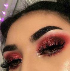Eyeshadow Looks red valentines day makeup Rote Valentinstag Make-up # red makeup eyeshadow Red Eyeshadow Makeup, Glam Makeup, Skin Makeup, Red Glitter Eyeshadow, Drugstore Makeup, Fall Eyeshadow, Glitter Makeup, Makeup Brushes, Creative Eye Makeup