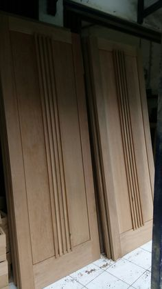 Oversized single door, million. Fast response: Send to all over Indonesia or come directly to our workshop (pm). Flush Door Design, Door Design Interior, House Gate Design, House Front Design, Wooden Door Design, Wooden Doors, Flush Doors, Single Doors, Panel Doors