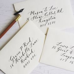 Modern calligraphy on envelopes are the perfect way to address your stationery Wedding Calligraphy Styles, Handwritten Wedding Invitations, Calligraphy Wedding Place Cards, Calligraphy Save The Dates, Calligraphy Envelope, Calligraphy Handwriting, Wedding Invitation Envelopes, Modern Calligraphy, Copperplate Calligraphy