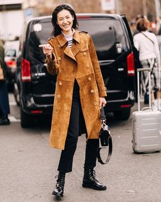 Star Fashion, Fashion Pants, Muji Style, Liu Wen, Model Street Style, Models Off Duty, Female Models, Ready To Wear, Pants Style