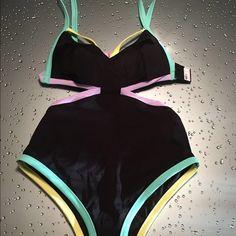 Victoria Secret Swim 1PC Size M New with tag Victoria Secret Swim 1PC Size M New with tag Victoria's Secret Swim One Pieces