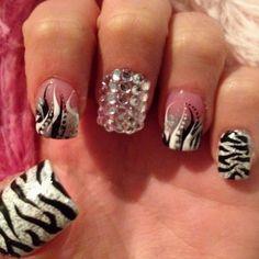 so gonna be my next toe-nail design!