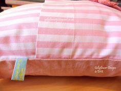 gillyflower: Shabby Chic cushion