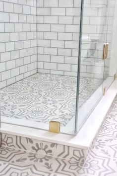 A Simply Beautiful Bathroom Makeover – SIMPLY BEAUTIFUL EATING Walk In Shower Designs, Shower Pan, Huge Shower, Glass Shower, Small Bathroom, Master Bathroom, Washroom, Bathroom Ideas, Condo Bathroom