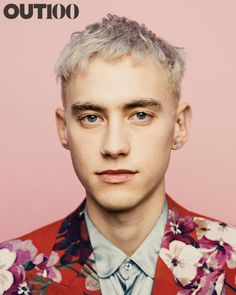 Olly Alexander - the rather striking front man of Years & Years Olly Alexander, Actors Male, Aesthetic People, Alexander The Great, Tonne, Music Film, Sabrina Carpenter, Celebs, Celebrities