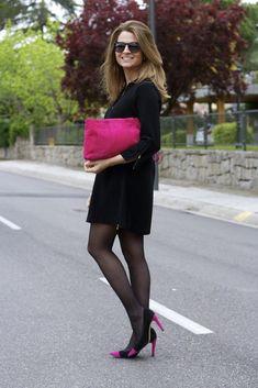 Fashion and Style Blog / Blog de Moda . Post: LBD   .More pictures on/ Más fotos en : http://www.ohmylooks.com . Llevo / I was wearing : Vestido / Dress : El corte Inglés ; Zapatos y bolso / Shoes and Bag : Pilar Burgos (old) #blackhighheelsstockings