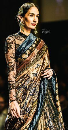Shut the front door! Ritu Kumar, Ethnic Sarees, Indian Sarees, Ethnic Fashion, Asian Fashion, Anarkali, Lehenga, Sabyasachi, India Fashion Week