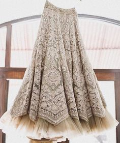 Looking for Bridal Lehenga for your wedding ? Dulhaniyaa curated the list of Best Bridal Wear Store with variety of Bridal Lehenga with their prices Pakistani Dresses, Indian Dresses, Indian Outfits, Indian Skirt, Indian Attire, Indian Wear, Moda Indiana, Estilo Indie, Indian Bridal Fashion