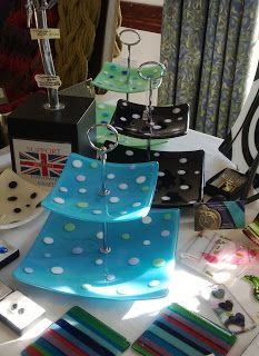 Glass stall at Woburn I loved these cake stands Fused Glass Plates, Fused Glass Art, Stained Glass, Glass Bowls, Dessert Table Decor, Glass Fusing Projects, Vintage Cake Stands, Polymer Clay Crafts, Glass Ornaments