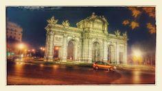 Puerta de Alcalá em Madri. belo monumento!! visitemadri.com