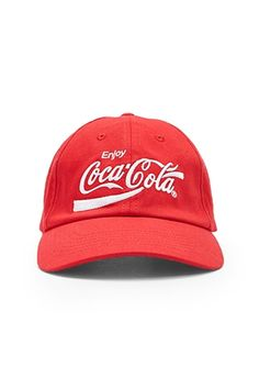Shop Women's Hats at Forever 21 and find the perfect hat to complete your outfit. Discover the newest dad caps, fedoras, cabby hats, and beanies in various styles. Coca Cola, Vintage Style Outfits, Vintage Fashion, Alabama Hats, Branded Caps, Dad Caps, Love Hat, Cute Hats, Shop Forever
