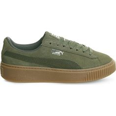 Puma Suede platform trainers ($87) ❤ liked on Polyvore featuring shoes, sneakers, lacing sneakers, laced shoes, lace up sneakers, suede shoes and suede sneakers