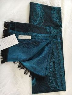 Metropolitan-Museum-of-Art-Blue-Wool-Silk-Peacock-Jacquard-Scarf-Shawl-NEW