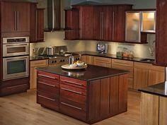 kitchen Painting Kitchen Cabinets, Kitchen Cabinet Design, Kitchen Paint, Small Cabin Bathroom, Cabin Bathrooms, Traditional Cabinets, Traditional Kitchen, European Kitchens, Modern Kitchens
