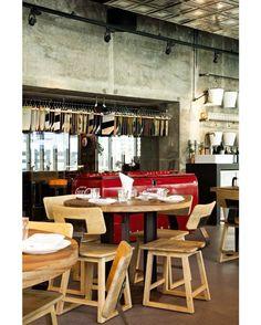 Rustic-look dining set at Fume restaurant Dubai.  #bali #balifurniture #cafe #cafefurniture #customfurniture #design #furniture #furniturebali #furnituredesign #furniturejepara #furnituremaker #instadaily #instagood #interior #interiordesign #jeparafurniture #kitchen #kitchenfurniture #picoftheday #restaurant #restaurantfurniture #tagforlikes #yunibali #fume #fumerestaurant #dubai #diningtable #diningchair #rustic #industrial