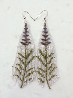 seed bead tutorials for beginners Beaded Necklace Patterns, Beaded Bracelets Tutorial, Seed Bead Bracelets, Seed Bead Earrings, Hoop Earrings, Fringe Earrings, Seed Beads, Bead Jewelry, Bead Earrings