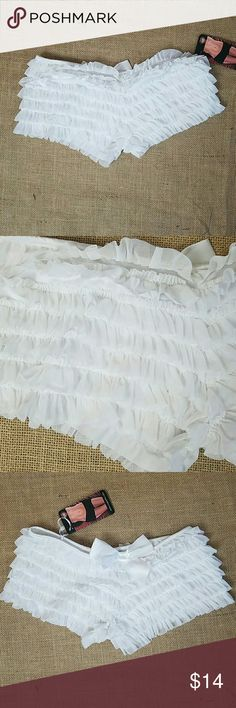 """Coquette women's sexy lingerie back bow ruffled Coquette women's sexy lingerie bow ruffled pin up style shorts white NWT OS.  Waist side to side: 13.5"""" coquette  Intimates & Sleepwear Panties"""