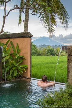 Our private plunge pool at the Chedi Club in Ubud, Bali. Bali isn't an adults only destination, there are so many things to do with children as well. Take the plunge and get the details for your next dream vacation! Village House Design, Village Houses, Ubud, Bali With Kids, Bamboo House Design, Rest House, Kerala Houses, Farm Stay, Plunge Pool