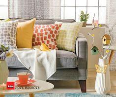 Öt dolog a tökéletes nappalihoz – Ott van az életedben Throw Pillows, Bed, Interior, Cushions, Stream Bed, Indoor, Beds, Interiors, Decorative Pillows