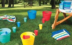 The summer is a great time for kids to get wet and engage in water play and exploration. Here are 10 water play activities for simple summer fun & learning. Water Play Activities, Water Games For Kids, Summer Activities, Church Activities, Stem Activities, Sensory Play, Outdoor Activities, Pool Party Games, Birthday Party Games
